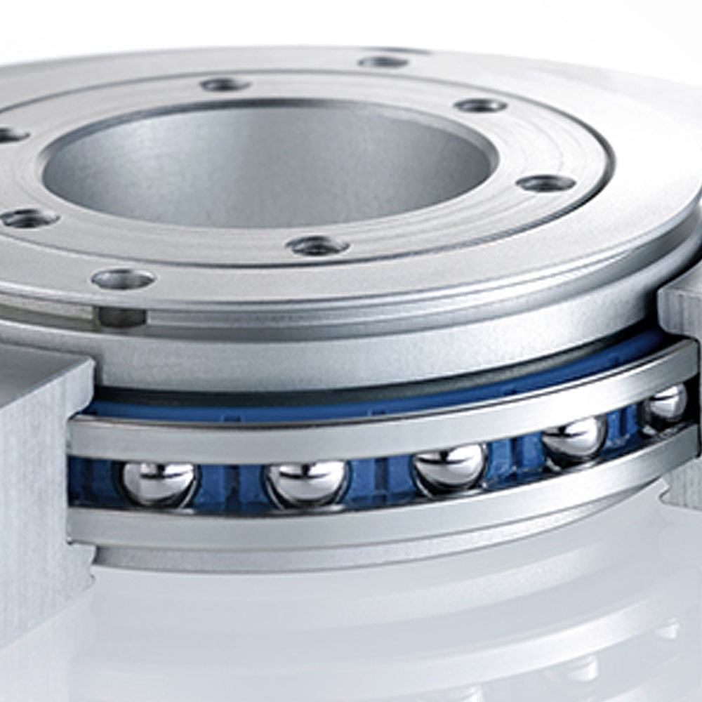 Rotary bearing with 4 point contact